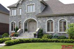 Senécal Porte-Fenêtre à La Prairie si vous rénovez les portes de votre maison passer nous voir en magasin. La Rive, Construction, Patio, Mansions, House Styles, Home Decor, Firewood Holder, Openness, Sons
