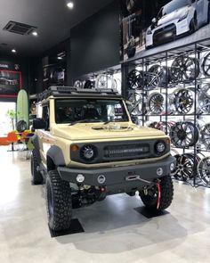 """Patrick_Bo on Instagram: """"My friend long time no see 🇯🇵Aimgain MT.8 Jimny #JB74W #JB64W #AIMGAIN #suzuki #suzukicars #suzukiauto #suzukijimny #newjimny #jimny…"""" Jimny 4x4, Maruti Suzuki Cars, Jimny Suzuki, Slider Bar, Rock Sliders, 4x4 Off Road, 4x4 Trucks, Car Travel, Offroad"""