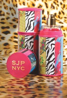 SJP NYC perfume. I love that it smells fruity sweet and fresh at the same time ;)