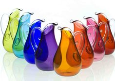 Curly Pitcher by Orbix Hot Glass – Fusion Art Glass Online Store Jewel Tone Colors, Jewel Tones, Bright Colors, Fusion Art, Glass Pitchers, Glass Bottles, Fantastic Art, Awesome, Art Object