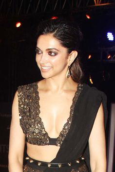 Deepika Padukone Photos At GQ Fashion Nights - south celebrities Bollywood Actress Hot Photos, Bollywood Girls, Indian Bollywood, Actress Pics, Indian Sarees, Deepika Ranveer, Deepika Padukone Style, Hot Actresses, Indian Actresses