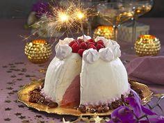 Lyxig nyårsmeny med hummer, oxfilé och glassbomb recept | Allas Recept Beef Wellington, Hummer, Flaky Pastry, Fika, Christmas And New Year, Camembert Cheese, Tart, Special Occasion, Bahia