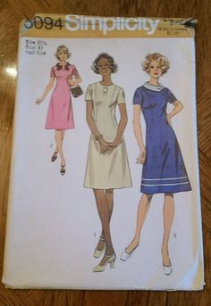 Vintage 1970's Simplicity Sewing Pattern #5094 Dress in Misses & Half Sizes Cut