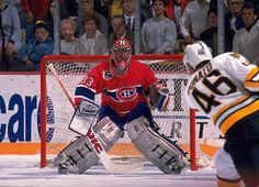 Patrick Roy, 1992 : One of the best with this butterfly style he brought to the game of hockey