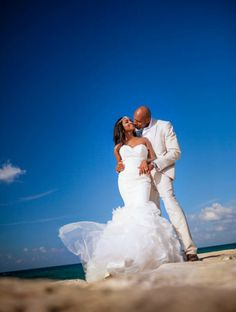 Montego Bay, Jamaica Wedding from Dwayne Watkins Photography - Bajan Wed : Bajan Wed Mermaid Beach Wedding Dresses, Jamaican Wedding, Inexpensive Wedding Dresses, Beach Wedding Photos, Wedding Pictures, Montego Bay, Romantic Weddings, Elegant Wedding, Wedding Couples