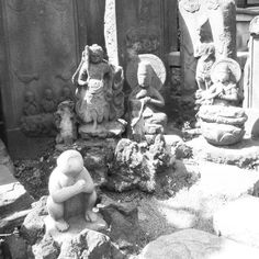 Koshinzuka monument where monkey gods are displayed. #monument #shrine #tokyo #japantravel #monkey