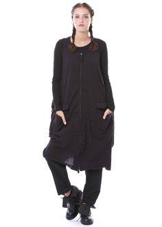 Strickkleid mit Kaschmir von RUNDHOLZ DIP http://dagmarfischermode.de #rundholz #dip #designer #german #fashion #style #stylish #styles #outfit #shopping #lagenlook #oversize #dagmarfischermode #shop #outfit #cool #autumn #fall #winter #mode #extravagant