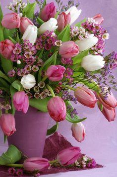 Torbjorn Skogedal - tulip_flower_bouquet_0602167033.JPG