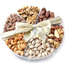 Nut Platter - Nuts Gift Basket Assorted Nut Platter - Nuts Gift Basket - Chocolate Hazelnut Shortbread Cookies, a simple, easy melt in your mouth Oh! Fruit Gifts, Food Gifts, Dry Fruit Basket, Fruit Sec, Breakfast Basket, Ramadan Decoration, Assorted Nuts, Charcuterie And Cheese Board, Fruit Packaging