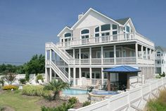 AVON Vacation Rentals | Tommy Bahama House - Oceanside Outer Banks Rental | 52 - Hatteras Rental