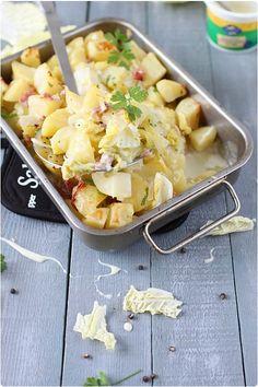 La cancoillotte est un fromage de vache à pâte fondue fabriquée en Franche-Comté. Son goût me fait un peu penser à celui du camembert. On le trouve nature,