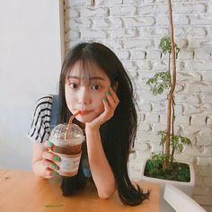 Kpop Girl Groups, Kpop Girls, Korean Women, Korean Girl, Korean Aesthetic, Grunge Girl, Tumblr Girls, Ulzzang Girl, Photo Poses
