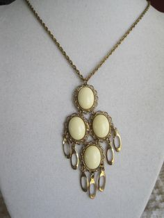 Vintage Hobe Pendant Necklace by VintagObsessions on Etsy, $20.00