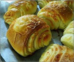 Hajtovány Hungarian Recipes, Baked Potato, Bread Recipes, Food And Drink, Yummy Food, Sweets, Pizza, Meals, Baking