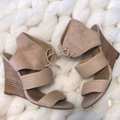 ebd6f0876c Sole Society Shoes | Cutest Suede Neutral Wedges | Color: Cream/Tan | Size:  7.5