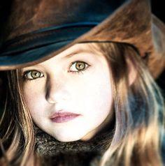 Mackenzie Foy cast as Darcy Jackson