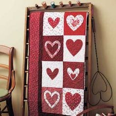 """SWEET HEARTS DIGITAL QUILT PATTERN Designed by KATHY MUNKELWITZ Applique and piece this 43"""" x 47"""" Valentine quilt for someone special. Instant digital pattern download so you can get started today!"""