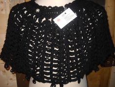 Mantella in lana nera