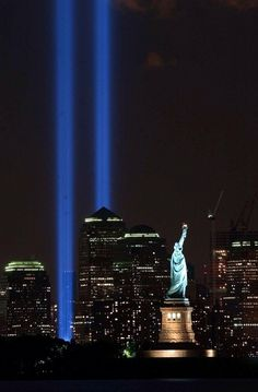 Lady Liberty & Memorial Lights of World Trade Center ~ Manhattan, New York Blue Ridge Mountains, The Places Youll Go, Places To Go, Tribute In Light, I Love Nyc, Dubai, City That Never Sleeps, September 11, World Trade Center
