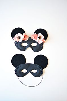 DIY MICKEY MOUSE MASK