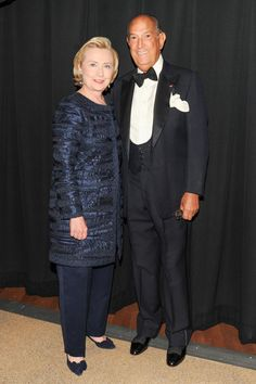 It's always great to see folks who may not always dress up, to dress up!  Great look on Hillary and there's gobs here we can learn from!