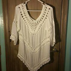 Pretty white crochet top White cotton/polyester crochet top Vivid Importers Tops Blouses