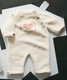 Diy Crafts - Baby overall Knitting For Kids, Baby Knitting Patterns, Baby Patterns, Baby Girl Romper, Baby Dress, Tricot Baby, Baby Pullover, Knitted Baby Clothes, Baby Pants