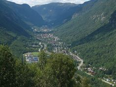 Discover Giant Sun Mirrors of Rjukan in Rjukan, Norway: For six months of the year, three giant mirrors direct a pool of sunshine onto this otherwise occluded town. Beautiful Norway, Beautiful World, Land Of Midnight Sun, Sun Mirror, Months In A Year, Heritage Site, Far Away, Travel Inspiration, Scenery
