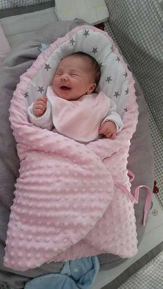 ideas for crochet baby dress newborn products Cute Little Baby, Cute Baby Girl, Cute Babies, Chubby Babies, Baby Girl Newborn, Reborn Babypuppen, Reborn Babies, Sewing Baby Clothes, Cute Baby Clothes