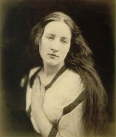 Julia Margaret Cameron Photo: This Photo was uploaded by emilyloving. Find other Julia Margaret Cameron pictures and photos or upload your own with Phot. Charles Darwin, Julia Margaret Cameron Photography, Julia Cameron, Grete Stern, Virginia Woolf, History Of Photography, Portrait Photography, Artistic Photography, 1800s Photography