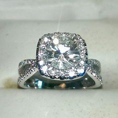 Diamond engagement ring set in 14k white gold