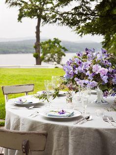 Romantic Outdoor Dining