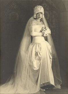 vintage Wedding http://www.pinterest.com/fslewis1/weddings-a-history/