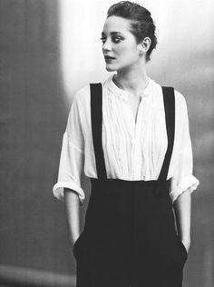La belle Marion Cotillard                                                                                                                                                                                 Plus