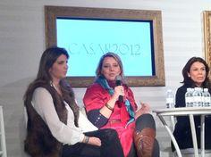 Nossas amigas e parceiras Giuliana Martins da Casa Lisboa (esq) e Vivi Barros (centro) compartilhando todos seus conhecimentos no CASAR 2012!