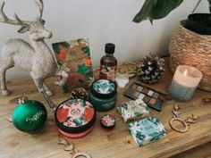 Festive Gifting With The Body Shop If you are like me, this year and all its craziness has left you scrambling for gifts? Well together with The Body Shop South Africa, I am here to share some of my top... The post [BEAUTY]: Celebrate Christmas with The Body Shop appeared first on . Paper Gift Box, Paper Gifts, Body Shop South Africa, Aloe Vera Powder, Last Minute Christmas Gifts, Organic Aloe Vera, The Body Shop, Small Gifts, Festive