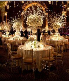 wedding table settings | White theme Wedding table setting inspiration.
