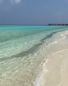 Where are the best Maldives resorts? Here's the ultimate list of the best overwater bungalow resorts in the Maldives. This is a view of the gorgeous beach at 'Komandoo Island Resort & Spa'