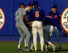Darryl Strawberry reunited with former Mets teammates (1991)