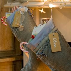 Google Image Result for http://housetohome.media.ipcdigital.co.uk/96/00000f71e/e02a_orh550w550/Christmas-stockings---Homes--Gardens.jpg