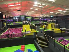 The UK's Trampoline 'Half Pipe' - Picture of Base Jump Trampoline Park, Rayleigh - Tripadvisor Trampoline Room, Indoor Trampoline, Best Trampoline Park, Kids Indoor Playground, Playground Design, Trampolines, Base Jump, Jump Park, Creative Kids Rooms