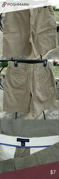 Banana Republic Tan and Blue Shorts Lightweight material. Great for golf, brunch or just a warm day. Blue stripes. In great shape! Banana Republic Shorts Flat Front