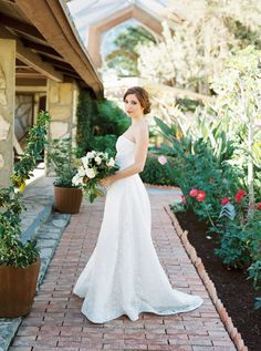 "Photo by: @meiwensphoto  Gown: @veneaistudio ""Charlotte""  MUA: @mobilebridalsalon  Florals: @culvercenterflowers Venue: Wayfarers Chapel"