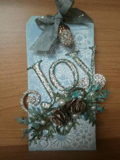 Day 1 of Tim Holtz 12 Tags by Beedle - Cards and Paper Crafts at Splitcoaststampers Christmas Paper Crafts, Christmas Gift Tags, Xmas Cards, Holiday Cards, Handmade Tags, Card Tags, Card Kit, Scrapbooking, Paper Tags
