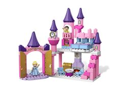 Build the castle where Cinderella and Prince Charming will live happily ever after!