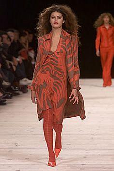 Versus Versace Fall 2000 Ready-to-Wear Fashion Show - Gisele Bündchen, Donatella Versace