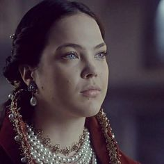 The Crown, Storyboard, Tv Series, Period, Medieval, Pearl Necklace, Characters, Jewels, Costumes