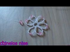 FLORDE PÉROLAS COM CRISTAIS/n 01 - YouTube Beaded Necklace Patterns, Beaded Bracelets Tutorial, Beading Patterns Free, Beading Tutorials, Seed Bead Jewelry, Bead Jewellery, Pink Pearl Necklace, Beaded Cross, Christmas Jewelry