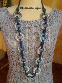 Collana Decorata Di Letyrebcreation Su E - Diy Crafts - DIY & Crafts Crochet Necklace Pattern, Knitted Necklace, Crochet Bracelet, Leather Necklace, Jewelry Crafts, Handmade Jewelry, Diy Choker, Fabric Jewelry, Crochet Fashion