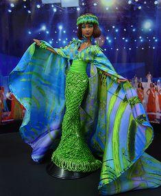 Barbie Miss Mauritania Ninimomo 2010 African Dolls, African American Dolls, Pretty Dolls, Beautiful Dolls, Barbie Blog, Barbie Style, Barbie Miss, Barbie Princess, Princess Gowns